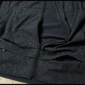 lululemon athletica Jackets & Coats - Lululemon NEW Black Python Running Cycling Vest